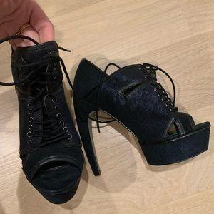 Grey City Sparkly Navy Heels (Black Lining)